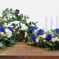 Coussin d'urne en «s» blanc et bleu