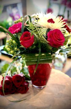 Bouquet de St-Valentin dans un vase